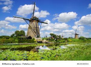 Niederlande, Polder mit Windmühlen zur Entwässerung