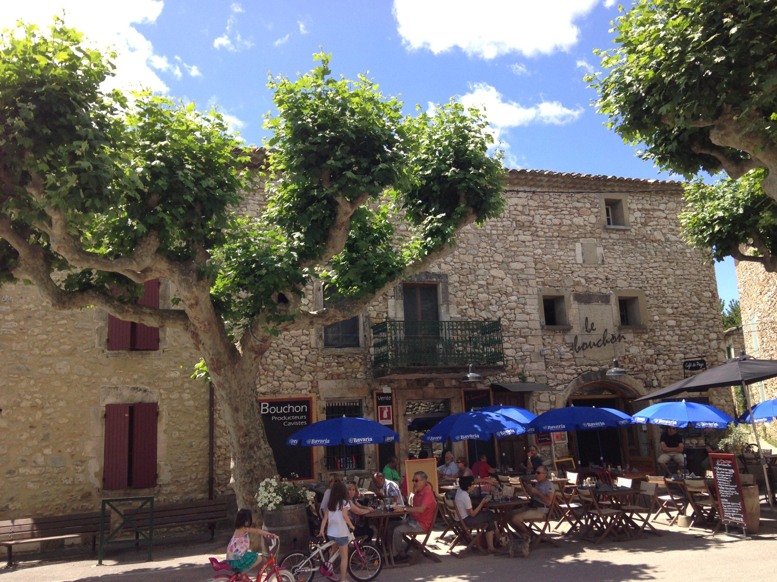 Das Dorf Aiguèze, Südfrankreich, Departement Ardèche