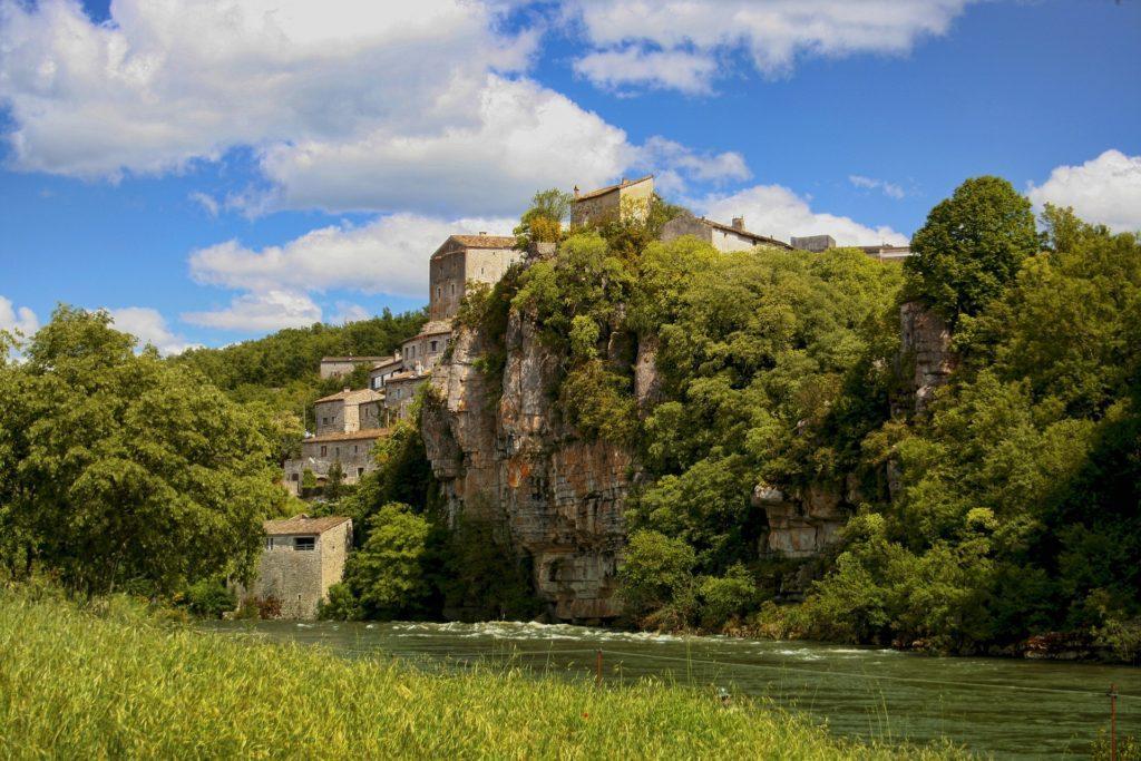 Balazuc, eines der schönsten Dörfer Frankreichs, an der Ardèche