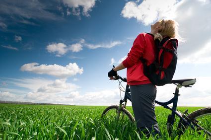 Radwandern - mit dem Bike durchs Land, © Alina Isakovich - Fotolia.com