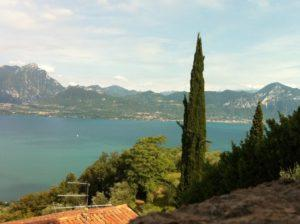 Blick von Albisano auf den Gardasee