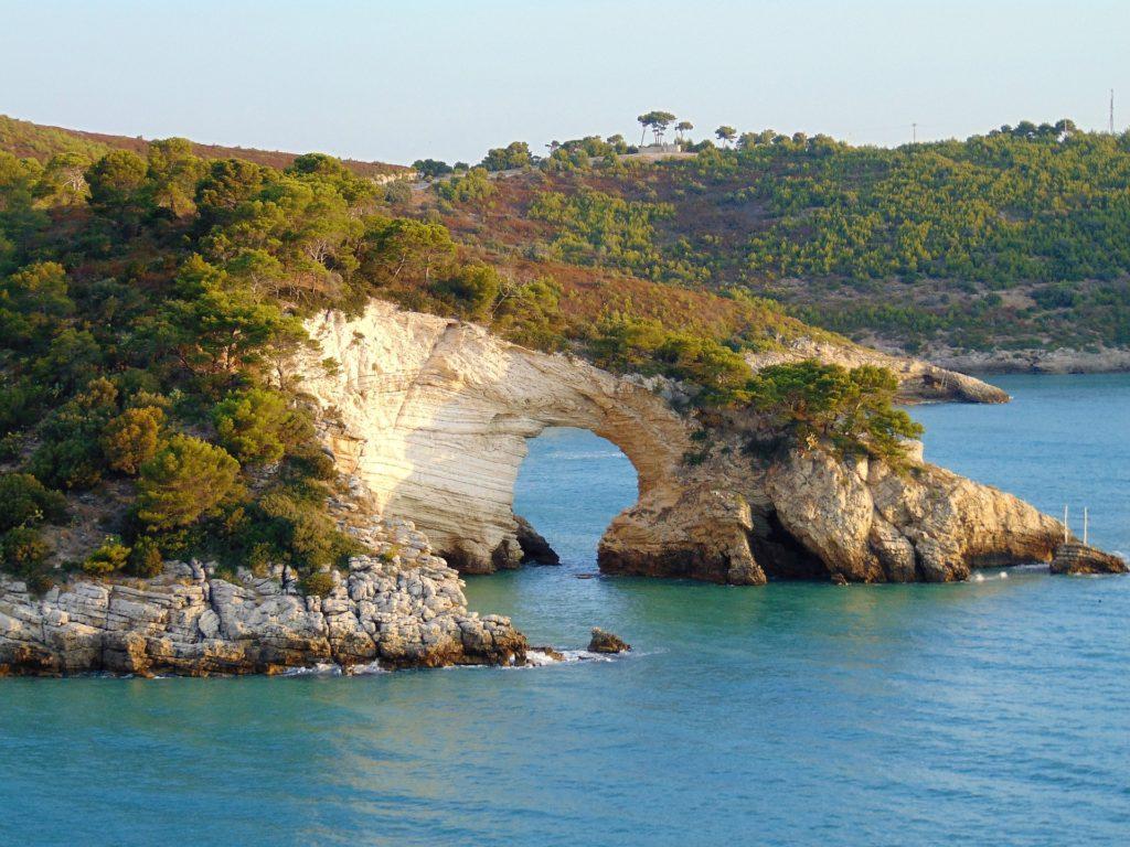 Traumhafte Küste auf Gargano, Apulien