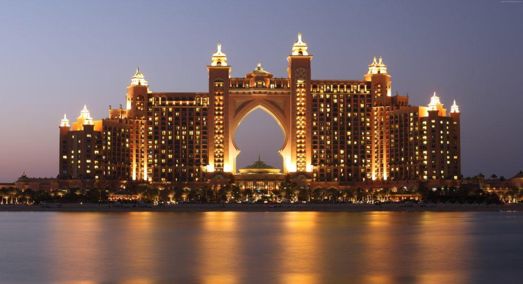Das Atlantis The Palm, Dubai ist ein Luxushotel und -resort auf der Palm Jumeirah in Dubai, Vereinigte Arabische Emirate