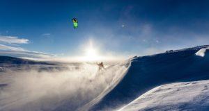 Snowkiting im Winter