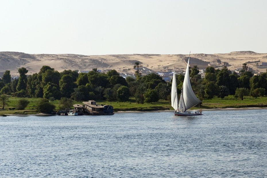 Segelboot auf dem Nil in Ägypten