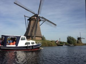 Bootstour bei den Windmühlen Holland – Kinderdijk