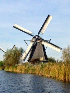 Die legendären Windmühlen in Holland – Kinderdijk