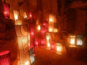 Weihnachtsmarkt in den Höhlen von Valkenburg, Niederlande