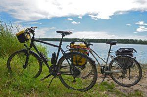 Fahrräder am See